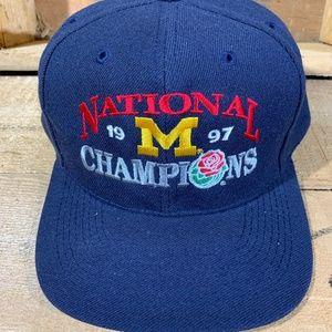 DEADSTOCK  Michigan Wolverines Snapback Hat